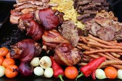 Variedad de carne asada fresca asada a la parrilla de la carne fotos de archivo