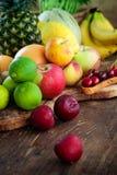 Variedad de fruta imagenes de archivo
