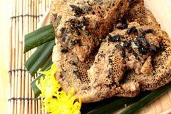 Variedad de la miel con el panal y la miel en un tarro Imagen de archivo libre de regalías