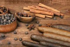 Variedad de lujo de cigarros cubanos Fotos de archivo libres de regalías