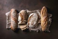 Variedad de pan del artesano imagen de archivo libre de regalías