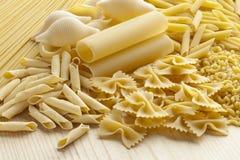 Variedad de pastas italianas Foto de archivo libre de regalías