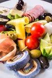 Variedad de verduras en una placa blanca 3 Foto de archivo