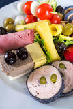 Variedad de verduras en una placa blanca 2 Foto de archivo libre de regalías