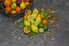 Variedade com citrinas Imagem de Stock
