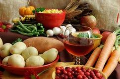 Variedade de alimentos da acção de graças Imagens de Stock