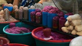 Variedade de camarão salgado fermentado no mercado Fotografia de Stock