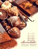 Variedade de chocolates finos Fotografia de Stock Royalty Free