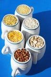 Variedade de grão no azul Fotos de Stock