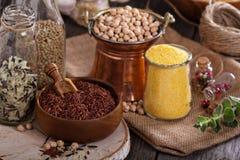 Variedade de grões e de feijões Imagem de Stock