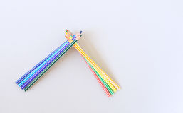 Variedade de lápis coloridos Lápis de tiragem coloridos Fotos de Stock
