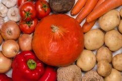 Variedade de legumes frescos Fotos de Stock