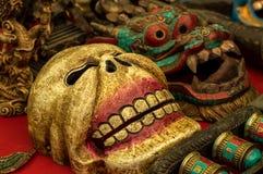 Variedade de máscaras rituais budistas fotografia de stock