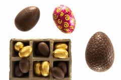 Variedade de ovos de chocolate da Páscoa Foto de Stock Royalty Free