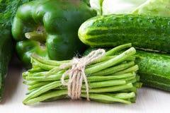 Variedade de vegetais verdes frescos para a saúde Foto de Stock