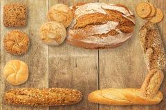 Variedade do pão cozido Fotos de Stock Royalty Free