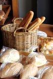 Variedade do pão na padaria Fotografia de Stock Royalty Free
