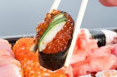 Variedade do sushi japonês imagem de stock royalty free
