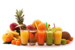 Variedade dos frutos exóticos isolados no branco Fotos de Stock Royalty Free