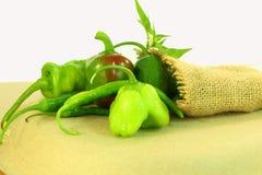 Variedades frescas das pimentas de pimentão Fotos de Stock Royalty Free