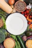 Varietà di verdure e di grani differenti immagini stock