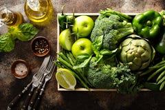 Varietà di verdure verdi e di frutta Fotografia Stock Libera da Diritti