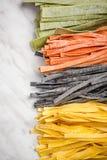 Variet? di pasta casalinga cruda fresca immagine stock