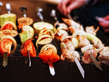 A variety of skewered meats and vegetables Royalty Free Stock Photos
