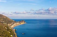 Varigotti-Strand, Savona, Ligurien, Italien lizenzfreie stockfotografie