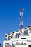 Varia antenna contro cielo blu Immagine Stock Libera da Diritti