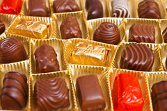 Varios caramelos de chocolate Imagen de archivo