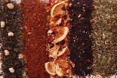Varios colores y textura de té-anaranjado en el centro imagenes de archivo