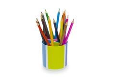 Varios lápices del color aislados en el blanco Imágenes de archivo libres de regalías