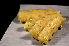 Varios pedazos de yuca frita Fotografía de archivo
