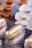 Varios tipos de píldoras Imágenes de archivo libres de regalías