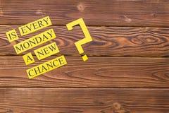 Varje måndag är en ny möjlighetsinskrift arkivfoto