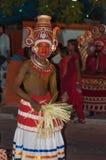 Varkala Indien - mars 23, 2016: traditionell Kathakali dans på den Holi festivalkarnevalet i Varkala, Kerala, Indien Arkivfoto
