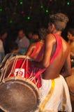 Varkala Indien - mars 23, 2016: traditionell Kathakali dans på den Holi festivalkarnevalet i Varkala, Kerala, Indien arkivbilder