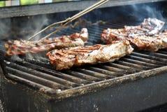Varkenskoteletten bij de grill Royalty-vrije Stock Afbeelding