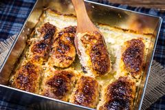 Varkensvleesbroodjes met kaas royalty-vrije stock afbeeldingen