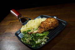 Varkensvleeslapje vlees en Fijngestampte aardappels Royalty-vrije Stock Fotografie
