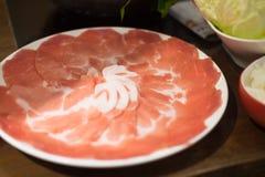 Varkensvleesplak voor Shabu wordt geplaatst die Stock Fotografie