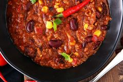 Varm chili con carne - kryddig mexikansk mat som är smaklig och Fotografering för Bildbyråer