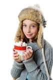 varm chokladflickaholding Royaltyfri Foto