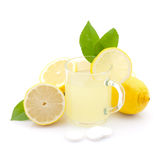 varm citron för drink royaltyfria foton