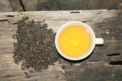 Varm drink för Oolong varm tekopp för morgon fotografering för bildbyråer