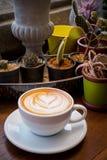 Varm kaffehjärtaform Arkivfoto