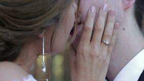 Varm kyssnärbild lager videofilmer
