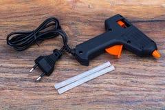 Varm-melt vapen, konstruktionshjälpmedel fotografering för bildbyråer