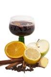 varm mulled ånga wine för jul royaltyfria foton